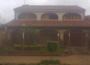 Residencia 2 plantas - detras de la municipalidad de fdo de la mora