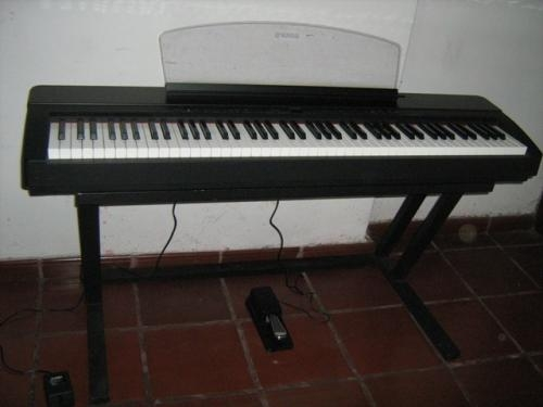 Oferta imperdible!!! piano electrico yamaha p-140 con pedestal de hierro incluido