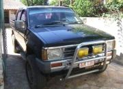 vendo camioneta NISSAN 4X4