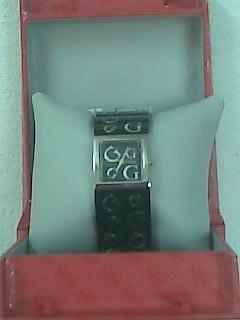 Vendo reloj guess para dama!!!
