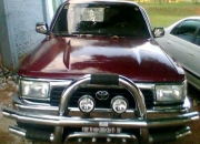 Toyota hilux tipo surf