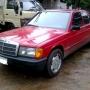Mercedes 190E Rojo año 86