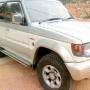 Oferto Hermosa 4x4 Mitsubishi Montero 1996 como nueva