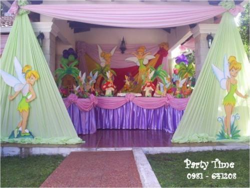 Fotos de decoraciones, puff, cortinas de agua, torta falsa, discoteca ...