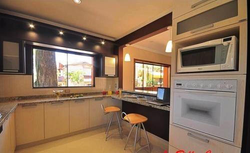 Fotos de la bella cucina  muebles para cocina, baños y placares en