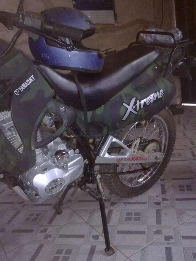 Vendo una moto yamazuky 200 seminueva.