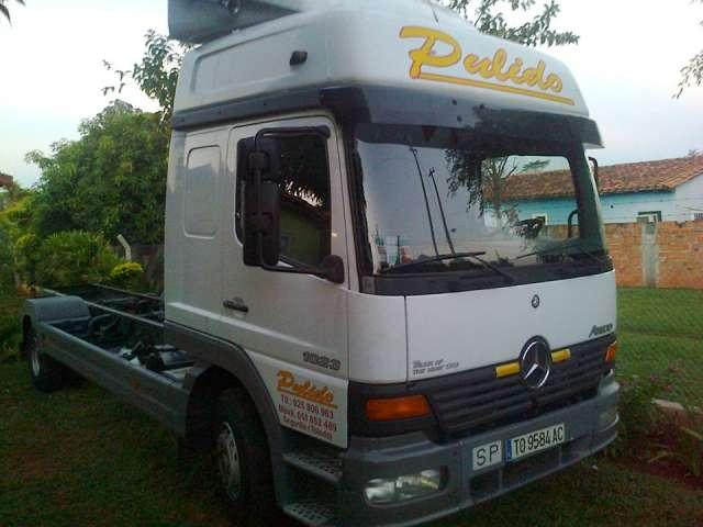 Camion mercedes 1023