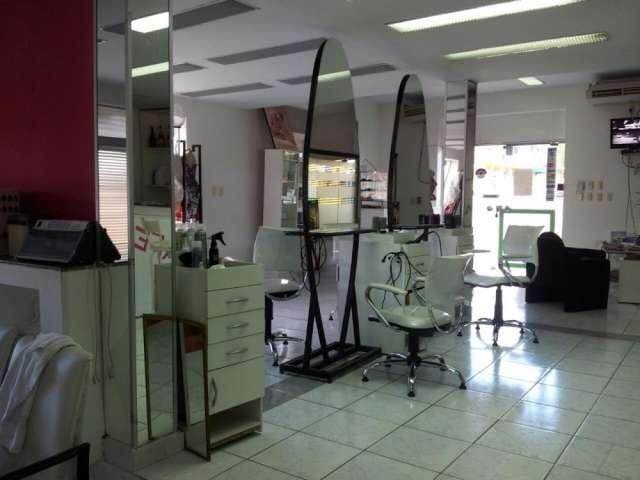 Vendo peluquería en lambare