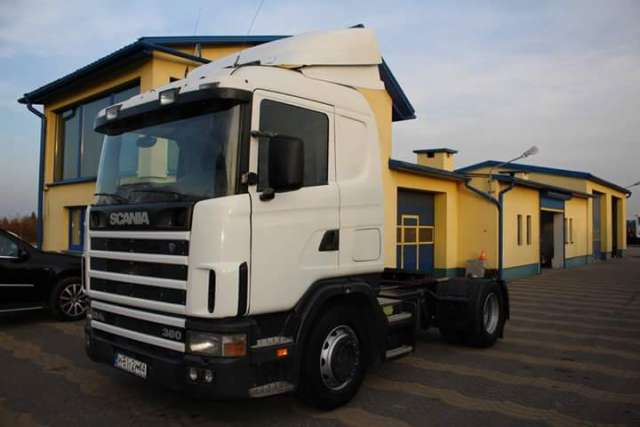 Vendo!!!! scania 124 360.año 2000