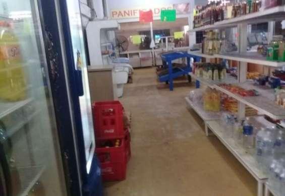 Vendo urgente salón comercial en caacupemi - areguá