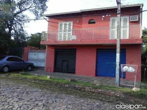 Vendo! casa de 2 pisos a 1 cuadra de la ruta transchaco