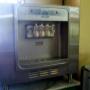 Vendo maquina fabricadora de helados soft marca Taylor