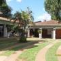 Vendo esta preciosa residencia ubicada sobre Tte. Benitez e/ Hernandarias en San Lorenzo