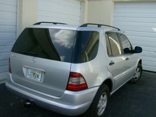 Mercedes ml320 4*4 gris 8500$$