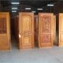 Puertas de madera, ventanas, placares, mueble de cocina, juego de comedor y escalera