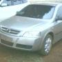 Vendo Astra hatch 2007