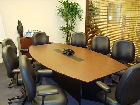 Oficinas equipadas y amobladas listas para usar