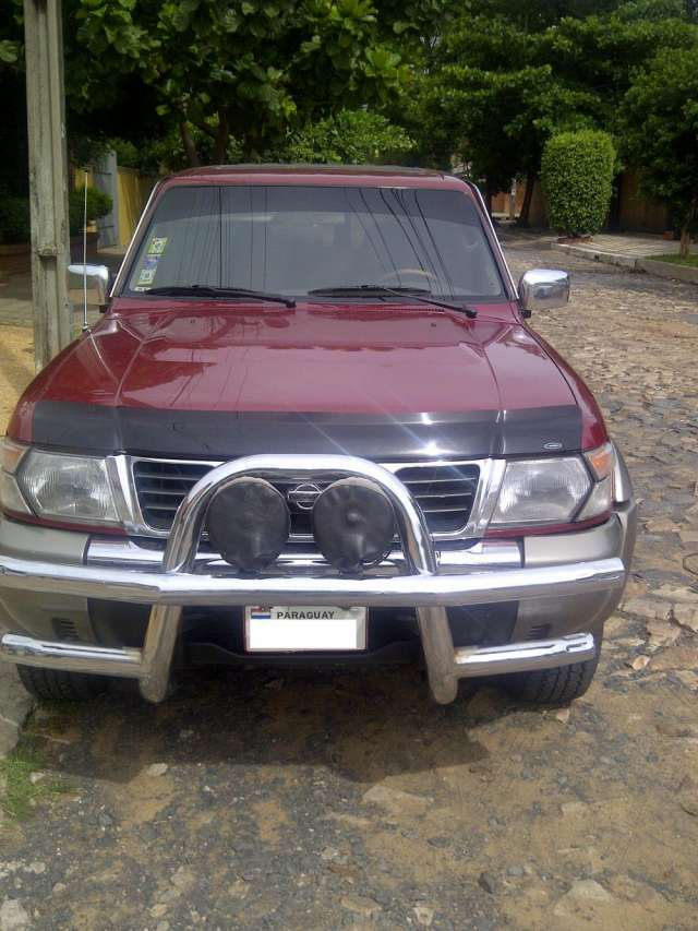Fotos de Vendo nissan patrol año 1998 diesel 2
