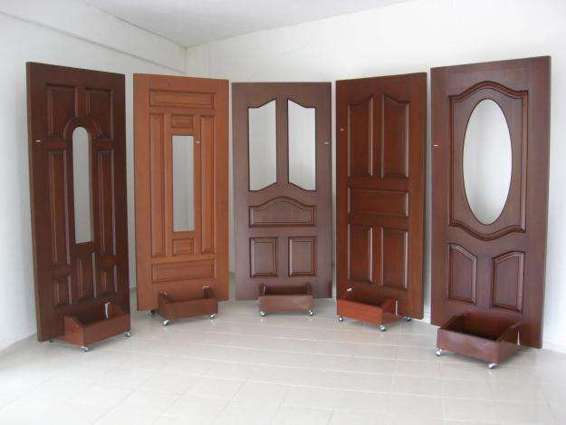 Puertas, muebles, marcos, etc. en madera