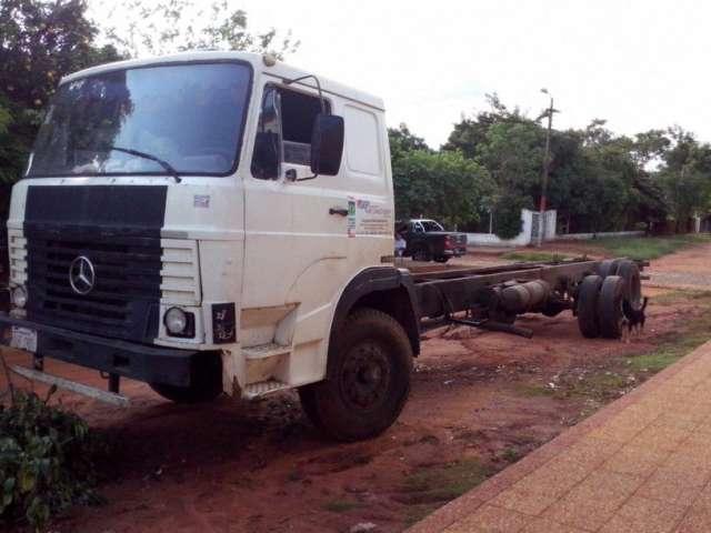Mercedes benz 2318 titular