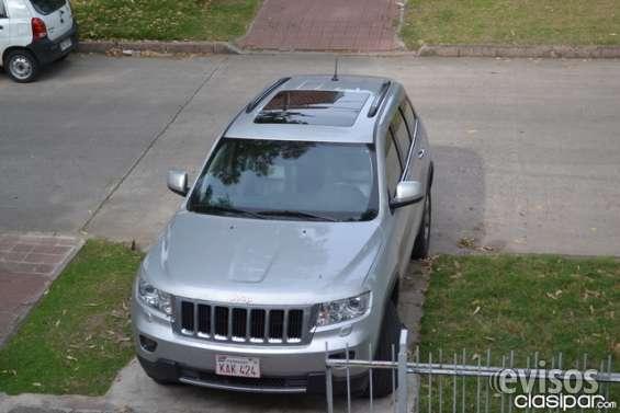 Vendo jeep gand cherokke v6 2012