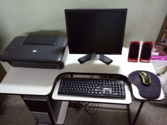 Oferta!! vendo computadora de escritorio seminueva en perfectas condiciones.