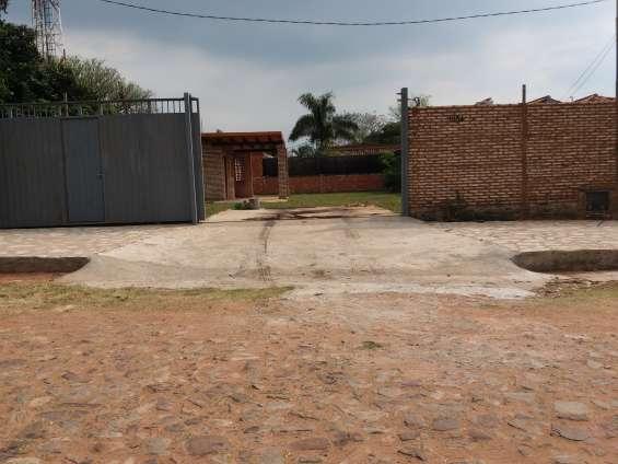 Vendo casa en lambaré barrio cerro corá