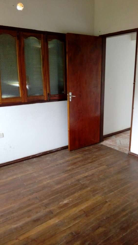 Mariano r. alonso permuto dos duplex por casa en buenos aires