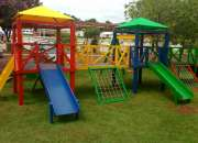 Parques infantiles para el hogar y instituciones