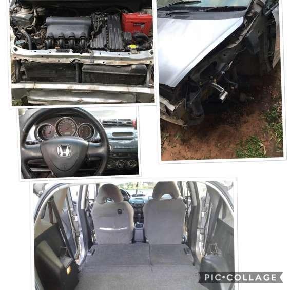 Honda fit 2002 automático 0981201732