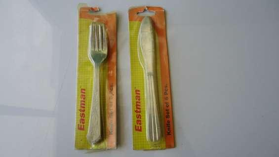 Set de cuchillos tenedores