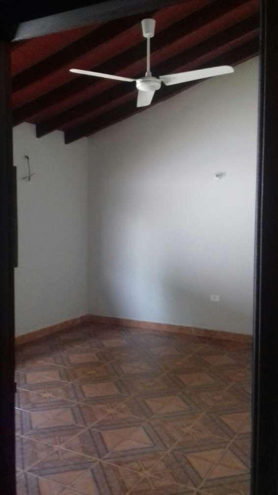 Fotos de Vendo casa en san lorenzo, barrio miraflores 6
