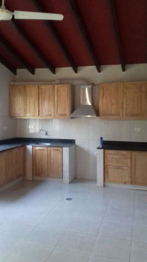 Fotos de Vendo casa en san lorenzo, barrio miraflores 4