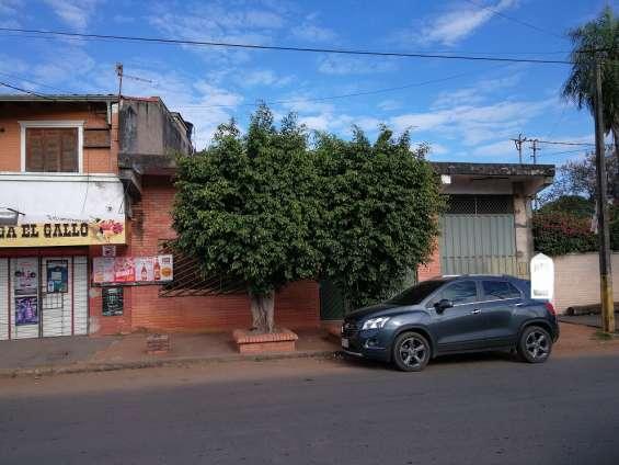 Vendo propiedad en san lorenzo, sobre asfalto.