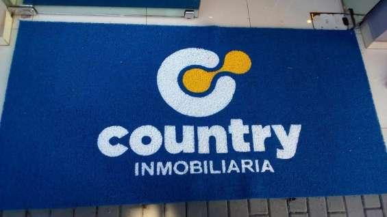 Alfombras con logotipos en todo el país