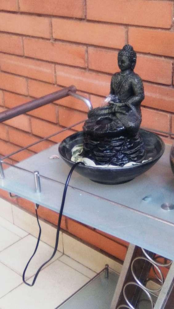 Fuente eléctrica buda shakyamuni 220v