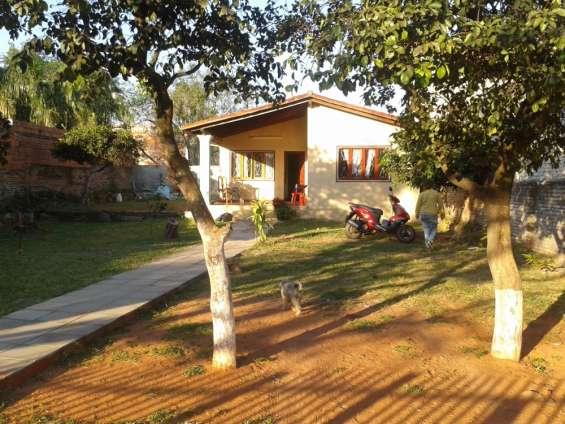 Vendo hermosa casa en capiata ruta 1 km 16