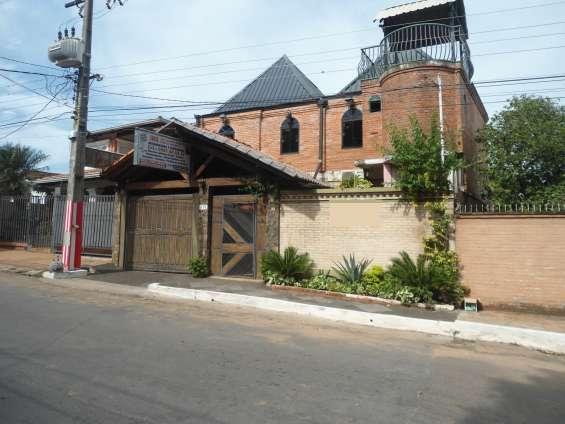 Amplia residencia a 300 mts. de ruta 2 - km 14 -san lorenzo